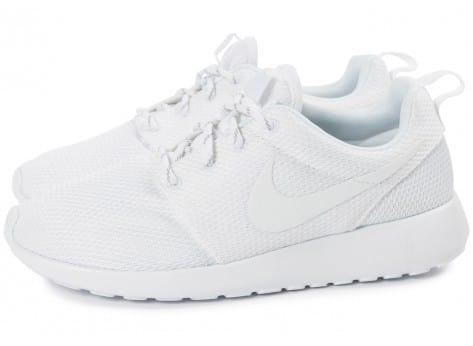 hot sale online 6e742 d7b37 Chaussures Nike Air Force 1 Hi SE Bordeaux gum vue dessous ... Cliquez pour  zoomer Chaussures Nike Air Force 1 Winter Premium GS Flax vue extérieure .